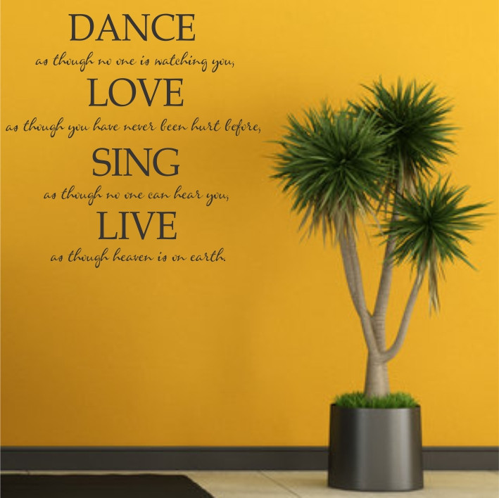 Dance, Love, Sing, Live A0288